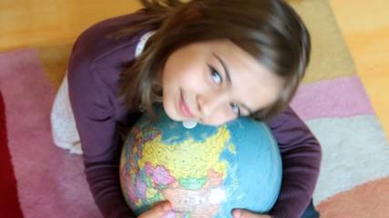 un câlin avec la planète
