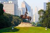 Fototapety General John Logan Monument in Grant Park, Chicago