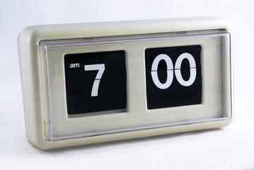 vintage white clock 01