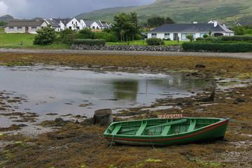 Un port du Connemara