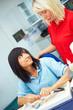 Gespräch zwischen Zahntechnikern