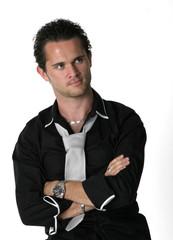 jeune homme à la chemise noire 22