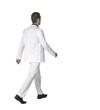 jeune homme au costume blanc 17