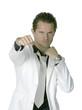 jeune homme au costume blanc 22