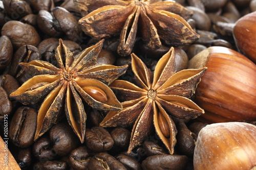 ziarna-kawy-anyz-i-orzechy