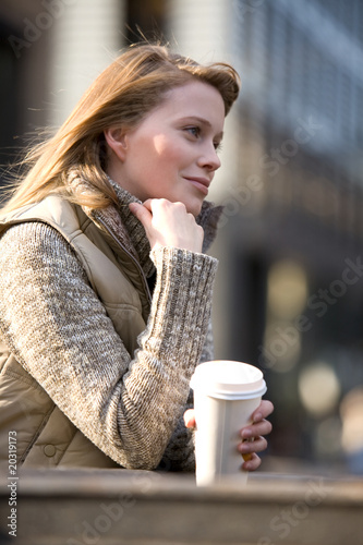 canvas print picture Frau , Kaffee to go