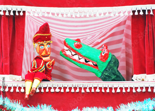 Punch and Judy show - 20327546