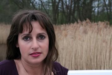 Frau Mitte 40