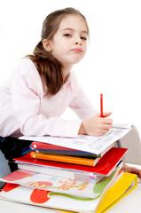 bambina annoiata dallo studio