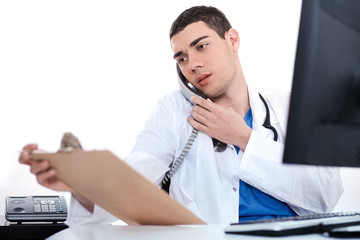 Doctor convey his notes to others over phone