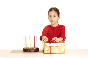 bambina alla festa di compleanno