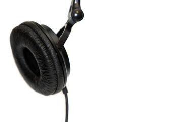 single headphone