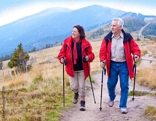 hiking seniors 17
