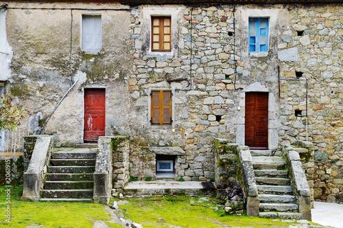 Maisons en Vente en Corse-du-Sud - A Vendre A Louer