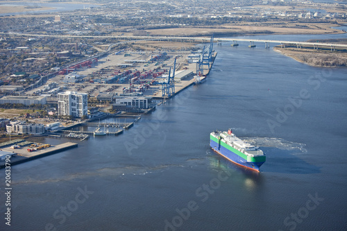 port of charleston and ship