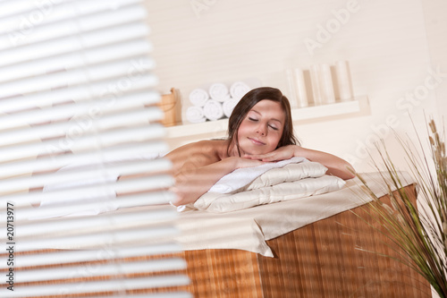 Spa - Young woman at wellness therapy treatment