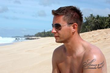 Surfer @ Banzai Pipeline Maui
