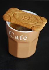 speculoos sur une tasse de café