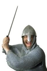 Ritter schreit beim Schwertangriff
