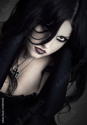 portrait of the girl in Gothic style
