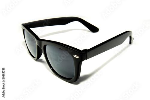 schwarze Sonnenbrille - 20885781