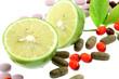 citron vert régime compléments alimentaires fond blanc
