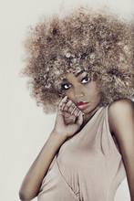 Modelo cabelo Glamour