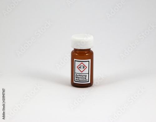 Flasche braun - ätzend