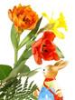 Osterhase mit Blumen