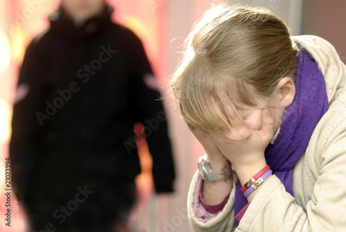 Leinwanddruck Bild Kinder Missbrauch Familennotruf