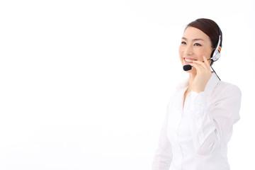 オペレーター女性(白いシャツ)