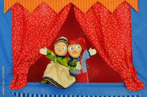 Leinwanddruck Bild Kasperle und Großmutter