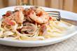 Leinwanddruck Bild - Shrimp Pasta Dish