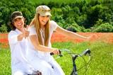 Fototapety couple en vélo