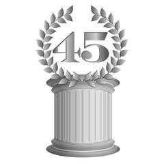 45-Lorbeerkranz auf Säule