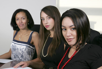3 young businesswomen