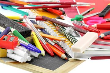 fournitures école, matériel scolaire, rentrée des classes