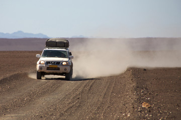 4x4 in the desert of Namibia - Kaokoland