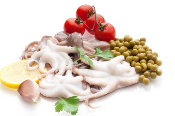 octopus with tomatoes and peas