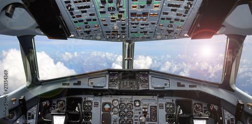 cockpit - 21354369
