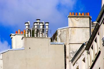 Cheminées sur les toits de Paris