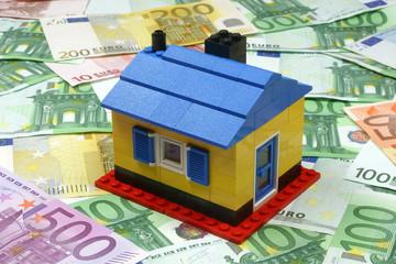 Symbolfoto-Hausfinanzierung