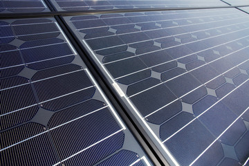 black high performing solar modules