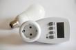 Energiesparlampe und Strommessgerät