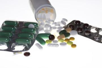 diverse Tabletten, Pillen und Kapseln