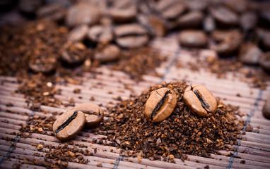 Café en grains et moulu