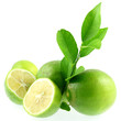 citrons verts naturels sans pesticides, fond blanc