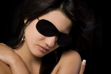 Sunglasses model, modelo con gafas