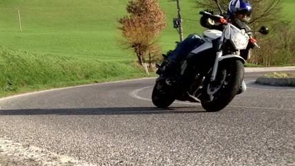 one moto biker