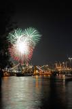 Feuerwerk auf dem 819. Hamburger Hafengeburtstag - 21784574